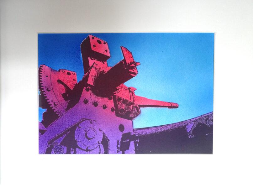"Pendennis Castle, 6"" Gun- Purple & Magenta"