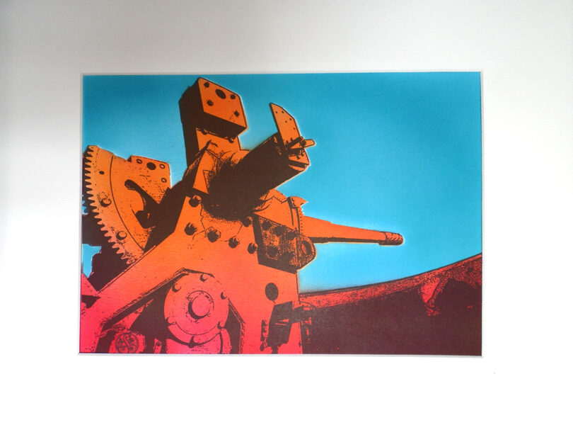 "Pendennis Castle, 6"" Gun - Orange & Red"